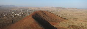 Vistas desde lo alto del Calderón Hondo en Fuerteventura