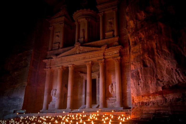 Fachada del Tesoro, Petra, Jordania
