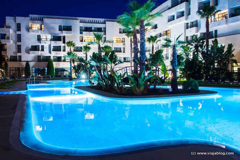 Piscina del Hotel ADH Isla Cristina en Huelva