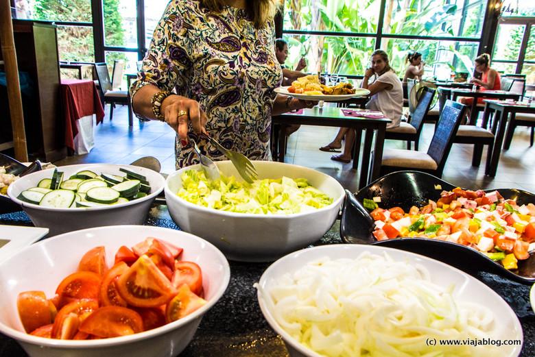 Zona de ensaladas, Buffet del Hotel ADH Isla Cristina, Huelva