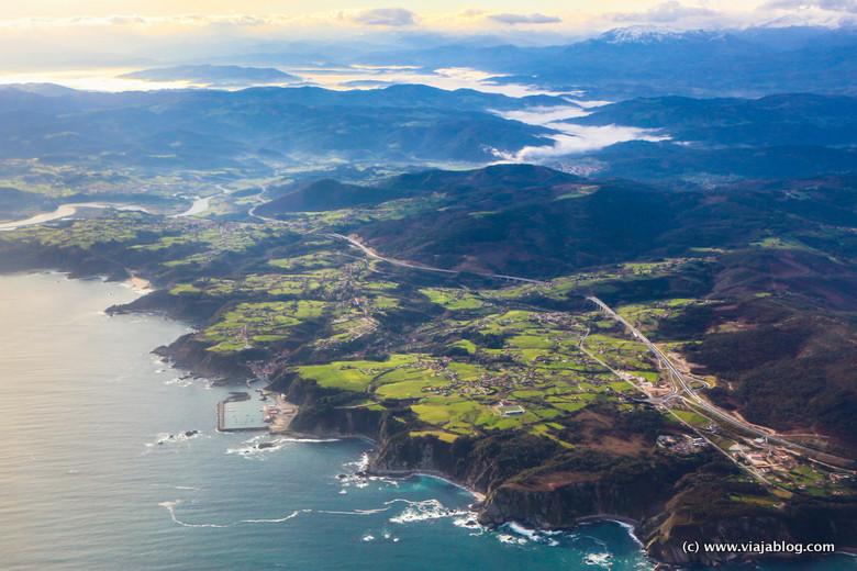 Costa de Asturias desde el aire