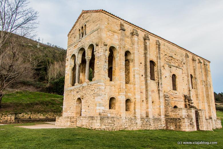 Santa María del Naranco, Prerromanico de Asturias en Oviedo