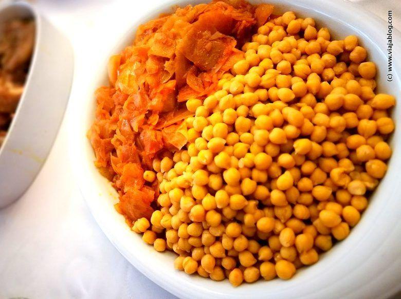 Garbanzos con repollo del Cocido Maragato, Restaurante El Astorgano, Madrid