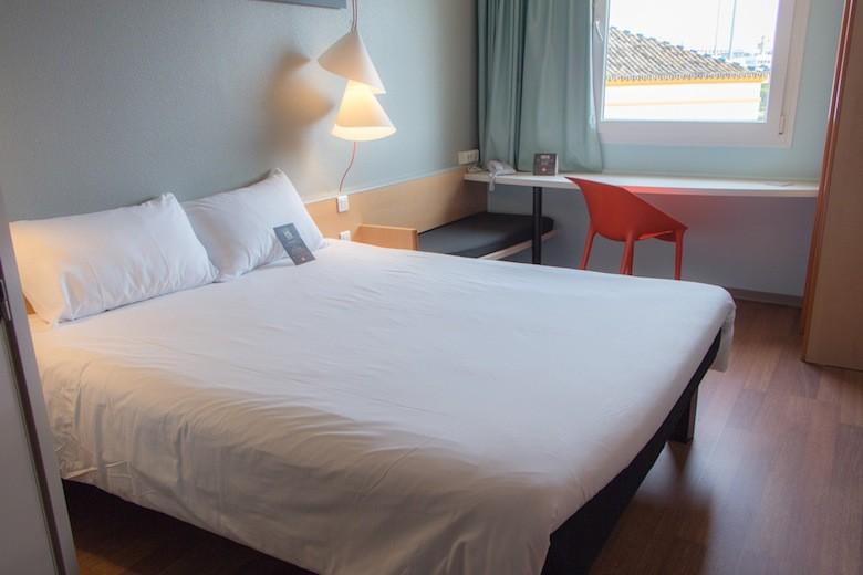 Habitación Hotel Ibis Sevilla