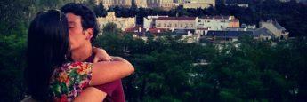 Palacio Real y la Catedral de la Almudena desde los jardínes del Templo de Debod en Madrid