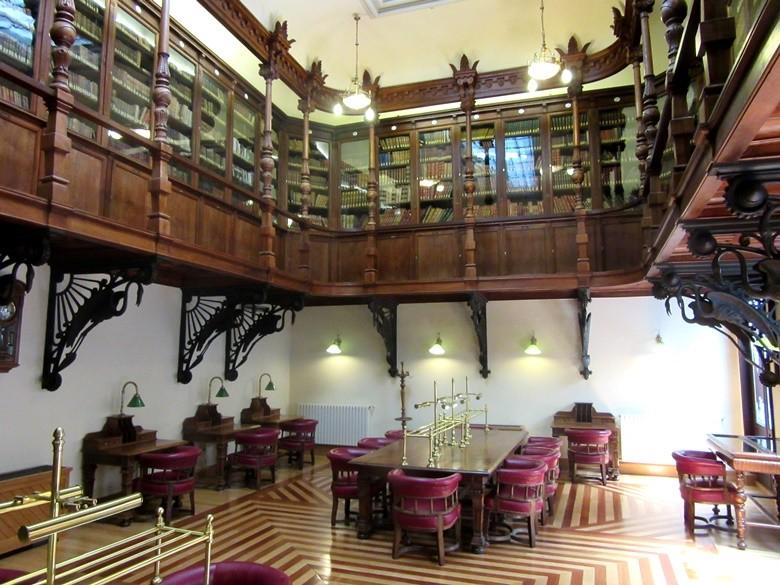 Biblioteca del casino de Murcia