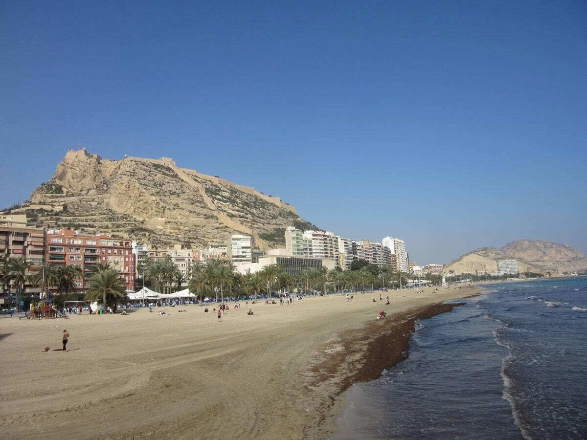 playa del postiguet alicante