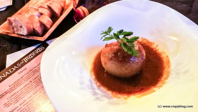Cebolla en salsa de carne, Juego de Tronos, Jornadas de Tronos, Restaurante Vinoteo