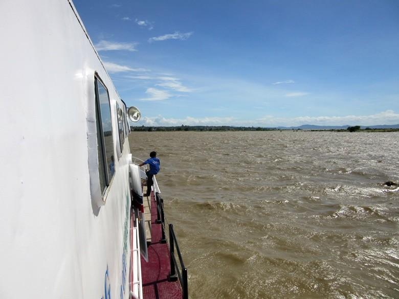 barco bagan myanmar