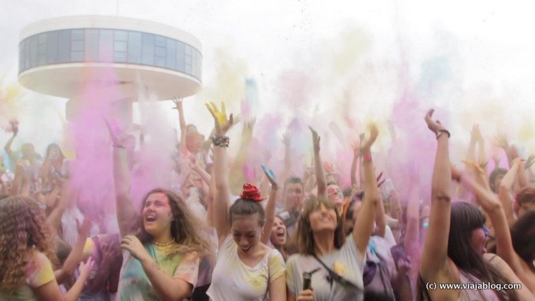 Holi Party Niemeyer Avilés