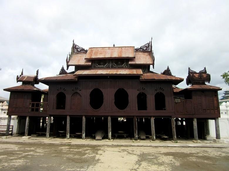 Shwe Yan Pyay monasterio