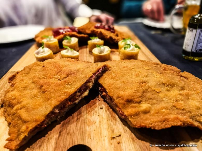 Cachopo jamón y queso La Peral, Las Tablas del Campillín, Oviedo