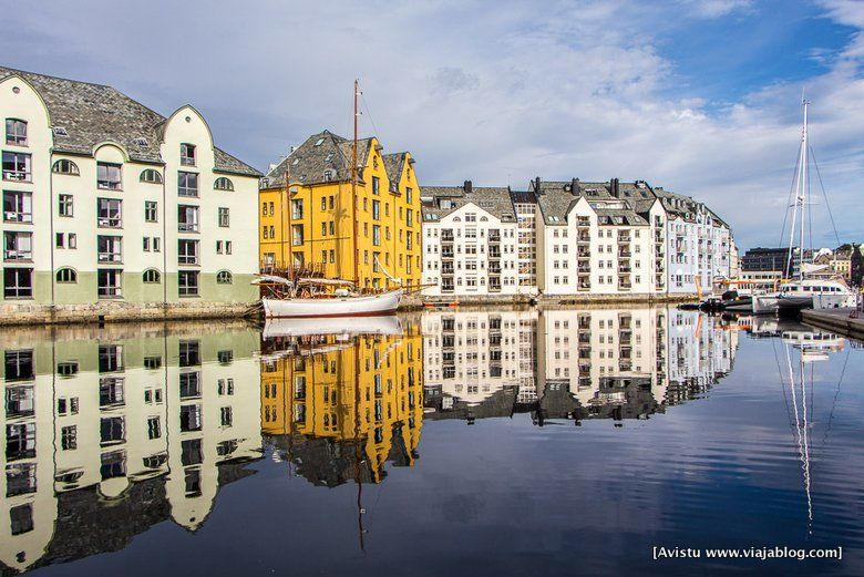 Canal Ålesundet, Ålesund, Noruega