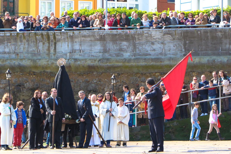 Abanderado en la Procesion de La Venia, Luanco, Asturias