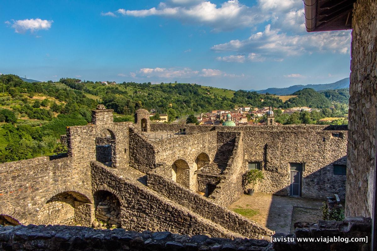 Pontremoli Cinque Terre Italia