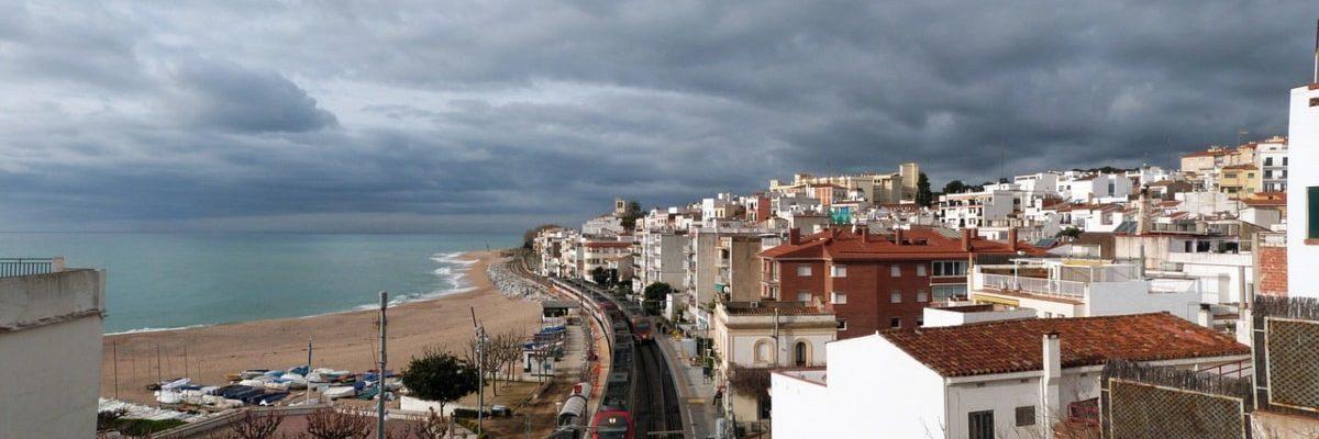 Las mejores playas cerca de Barcelona para llegar en tren