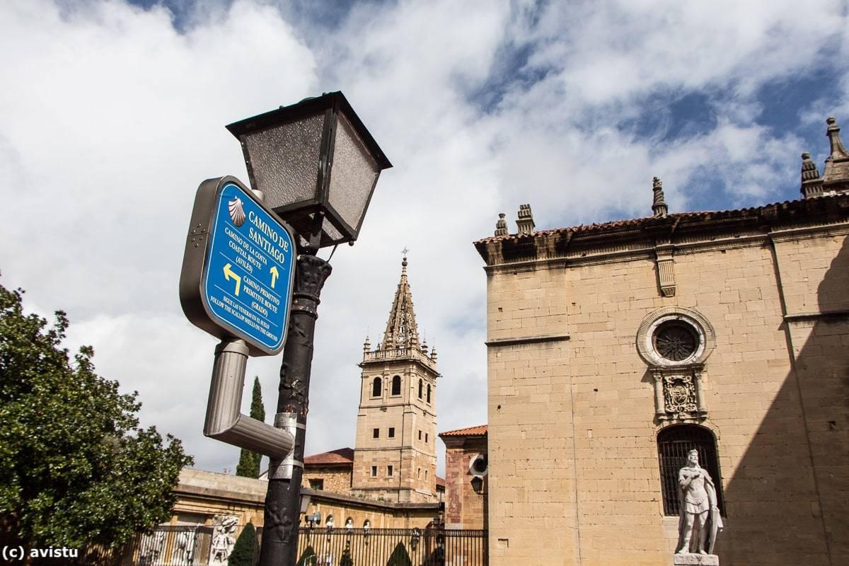 Señalización del Camino de Santiago en Oviedo