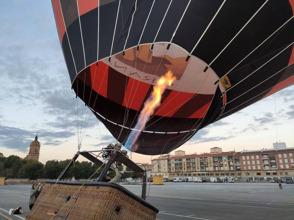 donde volar en globo en España