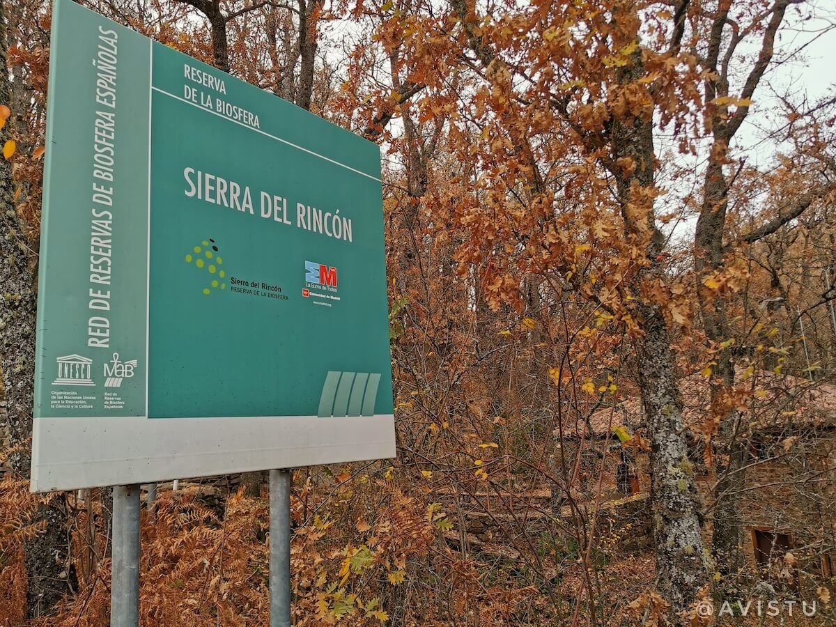 Cartel de la Sierra del Rincón en el Hayedo de Montejo, Sierra Norte, Madrid