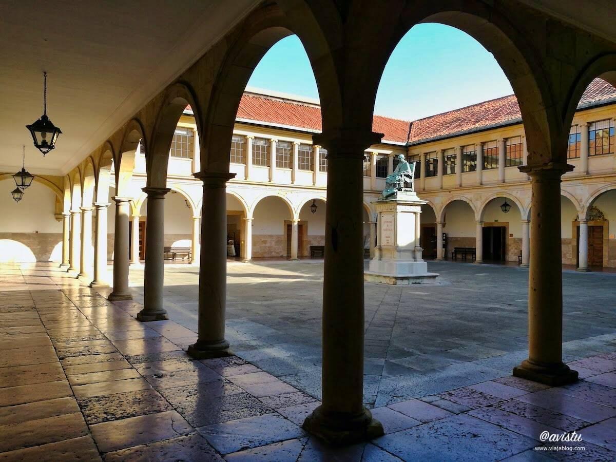 Edificio Histórico Universidad de Oviedo, Asturias