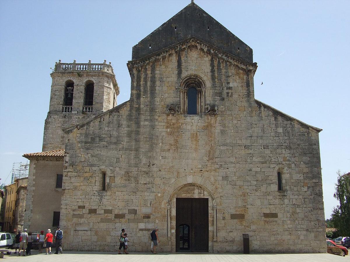 Sant Pere Besalu