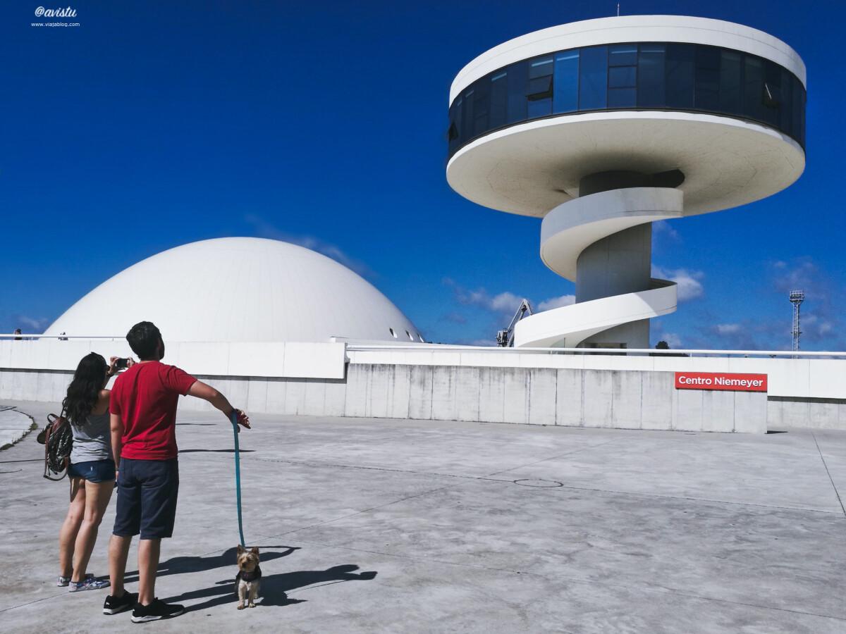 Cúpula y Torre del Centro Niemeyer
