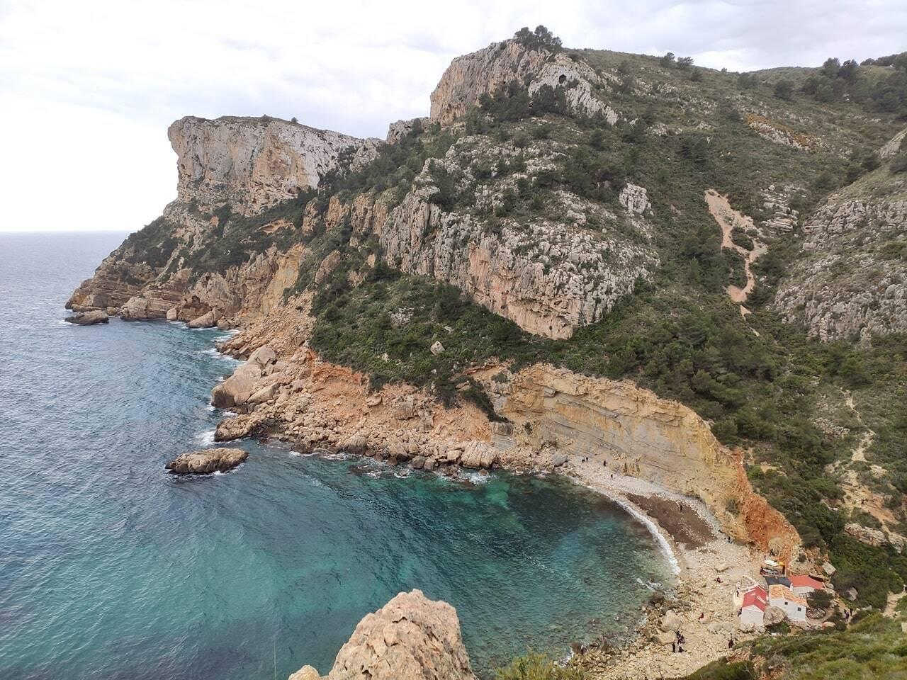cala de llebeig ruta de los acantilados de Benitatxell