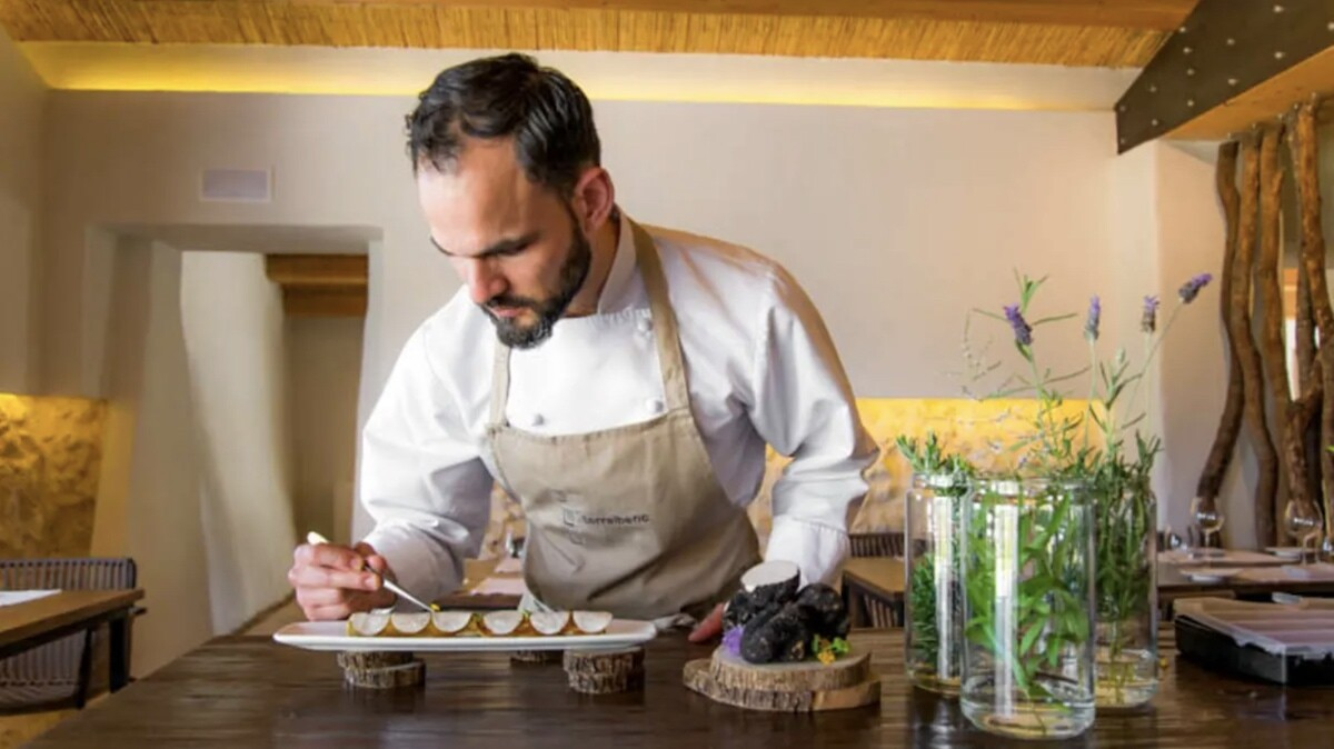 Chef Luis Loza del Restaurante Torralbenc en Menorca